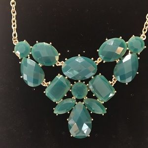 Beautiful teal (green / blue) necklace